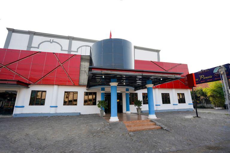 Istana Permata Dinoyo, Surabaya