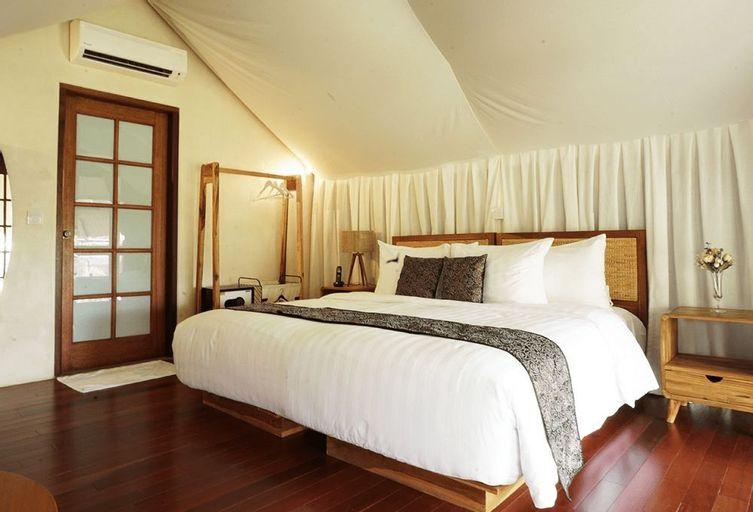 Oak Tree Glamping Resort, Malang
