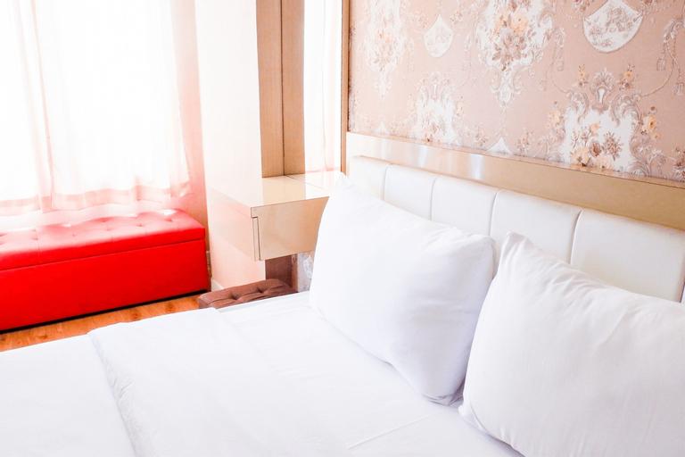 Modern Furnished Studio Room Cinere Bellevue Suites Apartment By Travelio, Depok