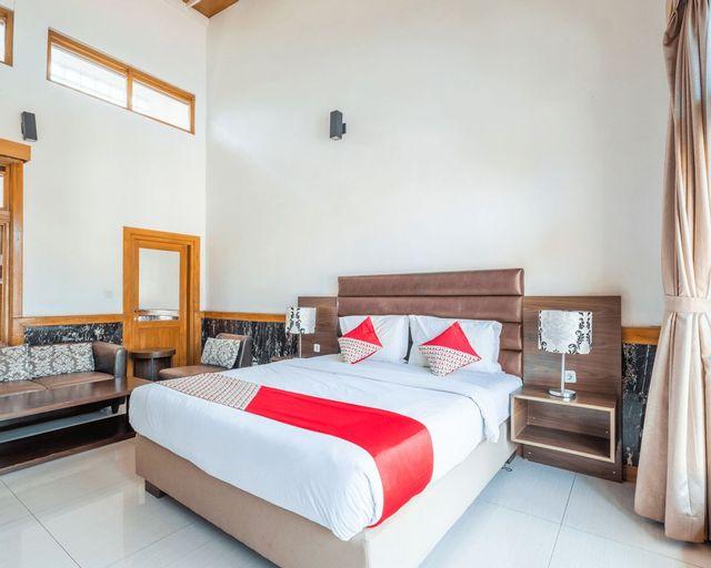 OYO 1210 Nice Guesthouse, Bandung