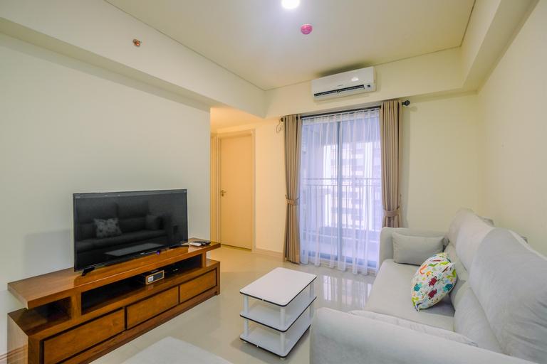 Elegant and Cozy 2BR at Meikarta Apartment By Travelio, Cikarang