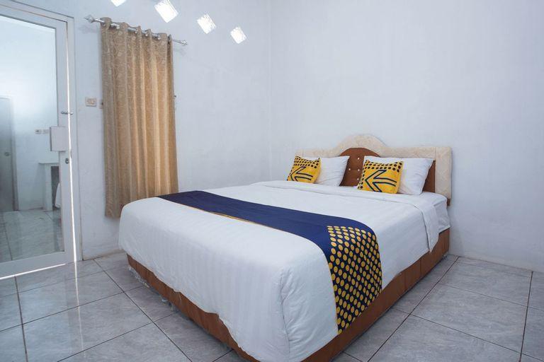 SPOT ON 3119 Hotel Kurnia, Rembang