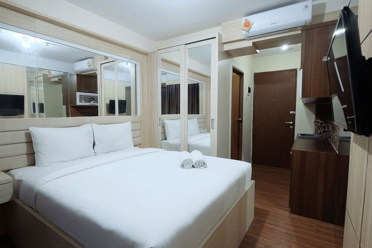 Strategic and Simple Studio Tifolia Apartment near Kelapa Gading By Travelio, East Jakarta
