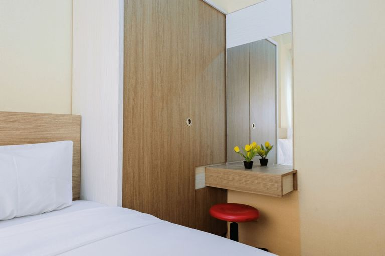 Cozy Stay 2BR Apartment @ Paragon Village By Travelio, Tangerang