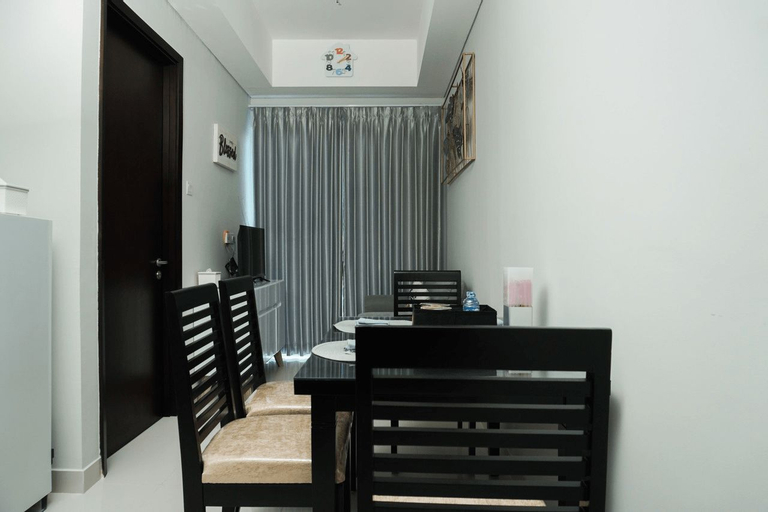 Comfy and Best View 1BR Puri Mansion Apartment By Travelio, West Jakarta