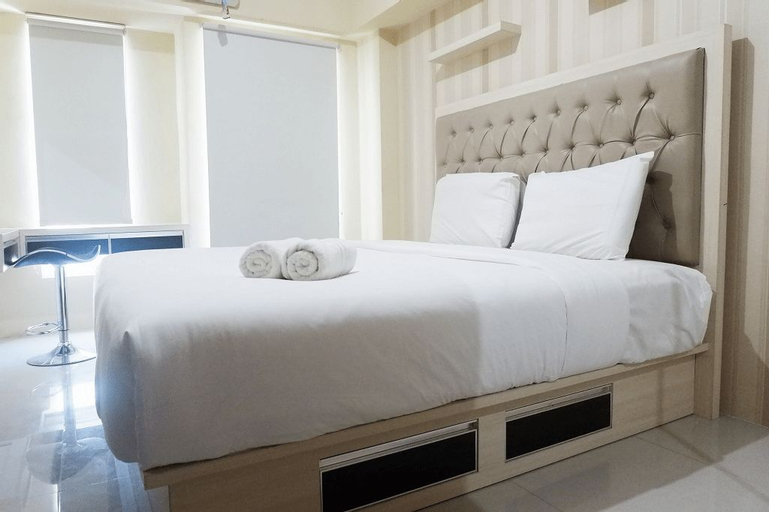 Clean Studio Apartment Connected to Mall at Orchard Supermall Mansion By Travelio, Surabaya