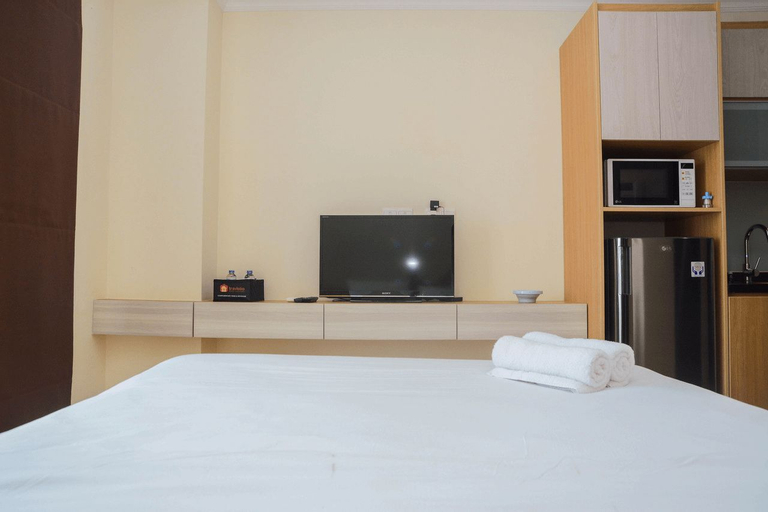 Minimalist and Comfy Studio at Menteng Park Apartment By Travelio, Central Jakarta