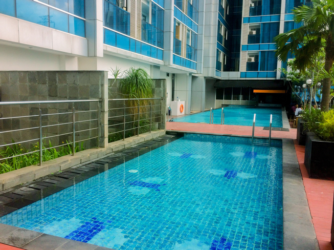 Cozy with Modern Design Studio Apartment at Tamansari The Hive By Travelio, East Jakarta