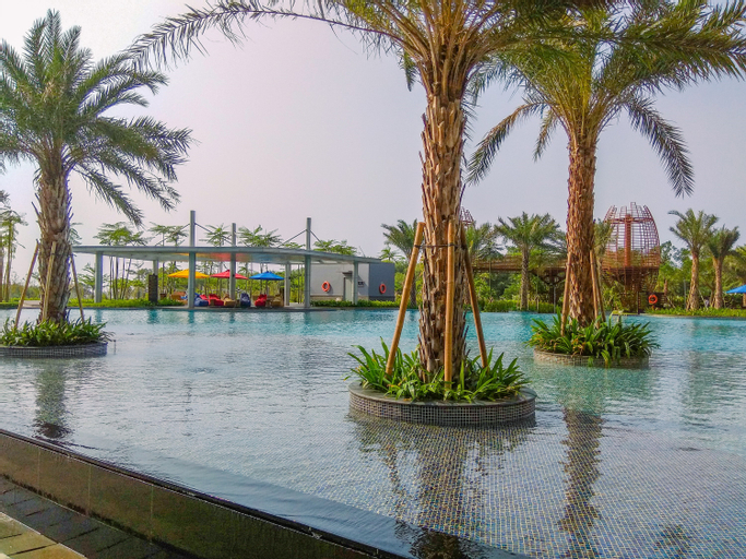 Exclusive and Great Location 1BR Gold Coast Apartment near PIK By Travelio, Jakarta Utara