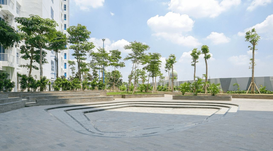 Exclusive and Cozy Studio Puri Mansion Apartment By Travelio, West Jakarta