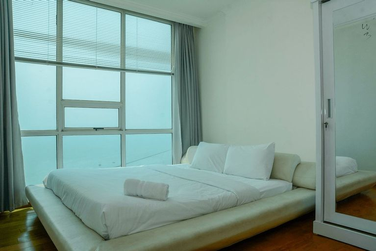 Big and Cozy 2BR Ancol Mansion Apartment By Travelio, North Jakarta
