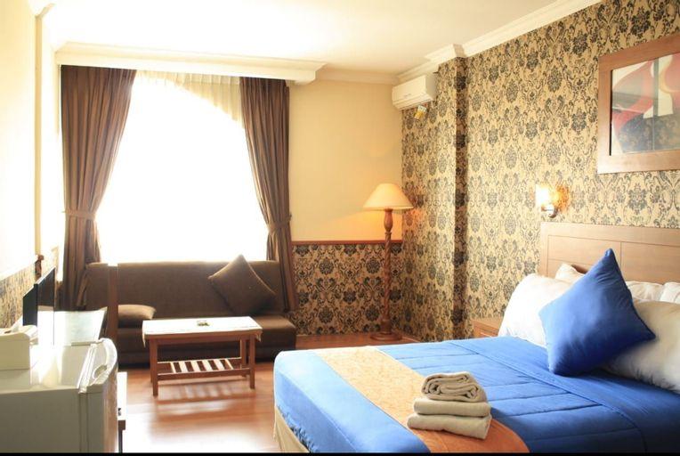 Iscalton Courteous Hotel, Sukabumi