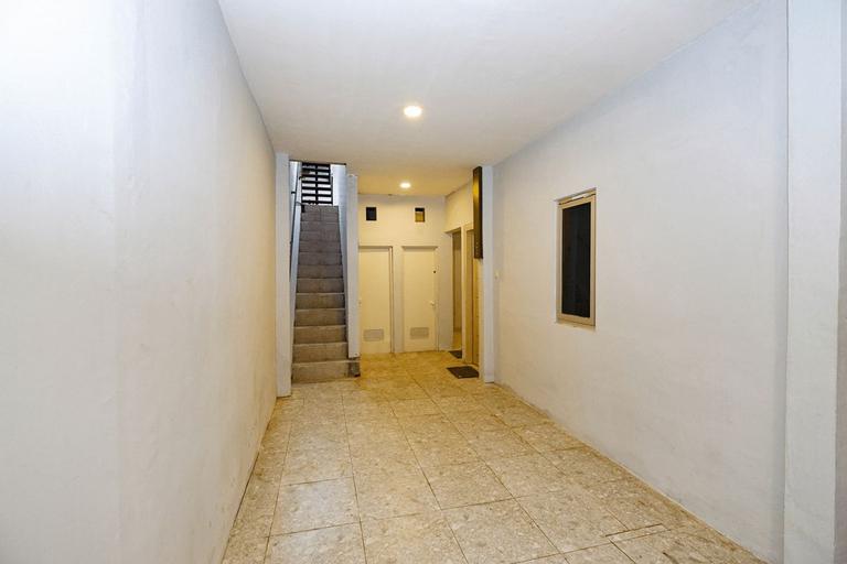 OYO 2545 Maddava House, Solo