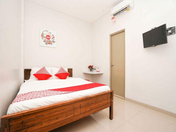 OYO 318 K1 Residence, Surabaya