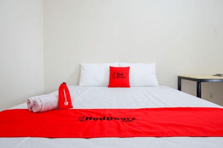 RedDoorz Near Lippo Plaza Buton, Bau-Bau