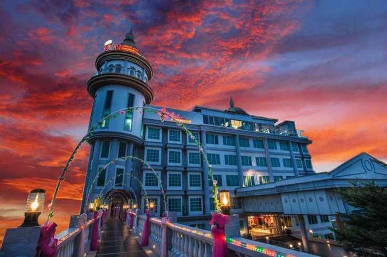 Opulence Kings Batam Hotel, Batam