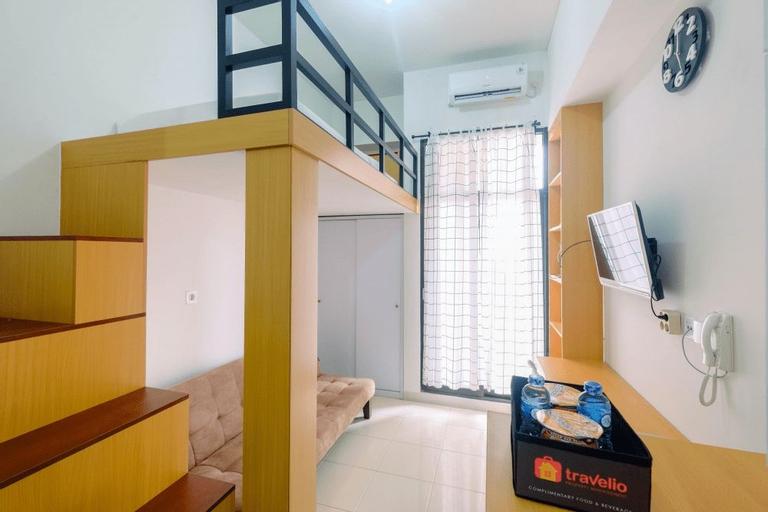Minimalist and Comfortable Studio Dave Apartment By Travelio, Depok