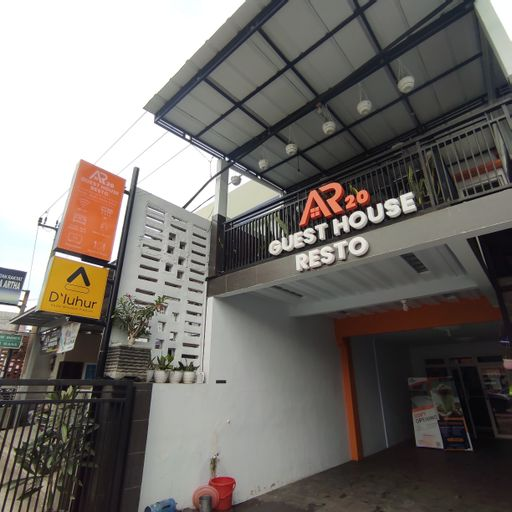 AR20 Guest House & Resto, Majalengka