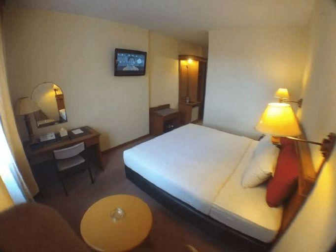 Hotel Amans, Ambon