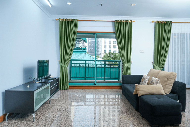 Homey 1BR Apartment at Pavilion Sudirman By Travelio, Central Jakarta