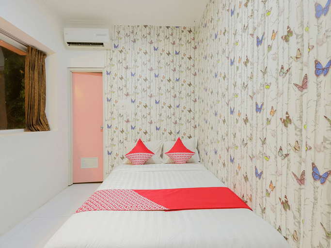 OYO 878 Loka Indah Residence Near Rs Taman Sari, West Jakarta