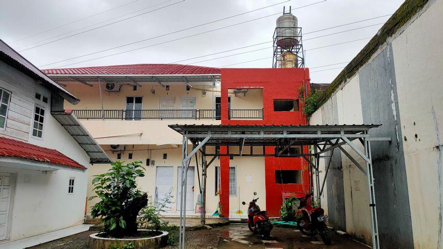 OYO 90090 Adhyaksa Syariah Guest House, Makassar