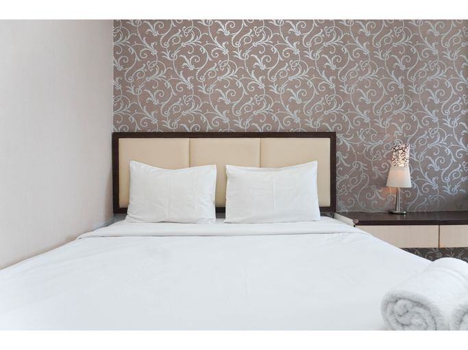 Cozy Living 1BR + 1 Apartment at Seasons City By Travelio, West Jakarta