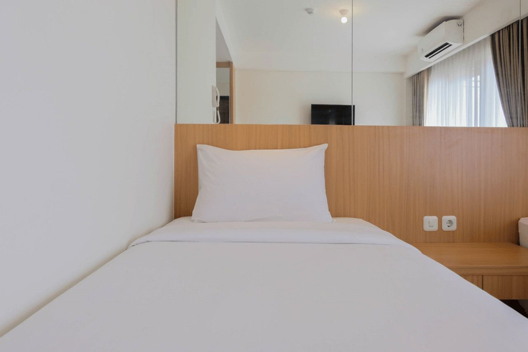 Twin Bed Studio Room at Annora Living Apartment By Travelio, Tangerang