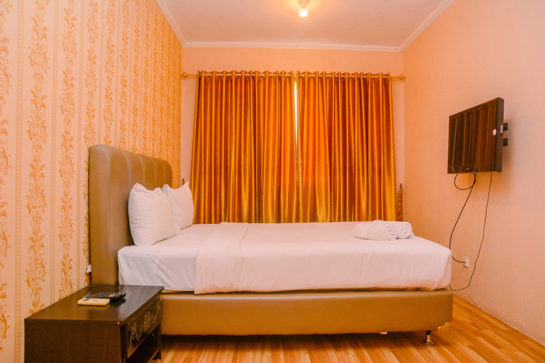 Comfy Spacious 3BR at Grand Palace Kemayoran Apartment By Travelio, Jakarta Pusat