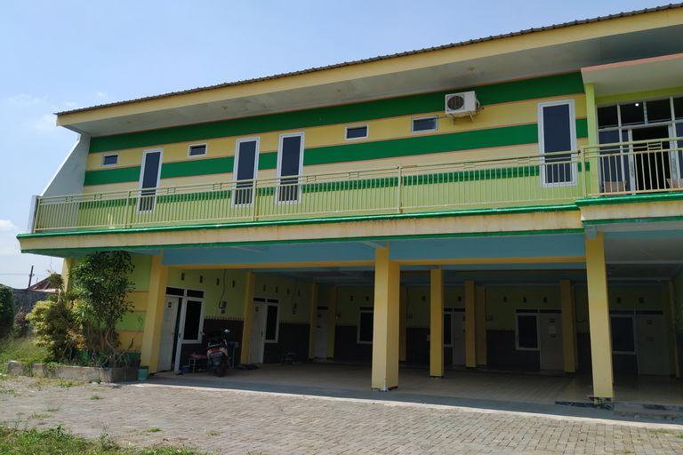 OYO 3886 Potreh Mastekah 1, Madura Island
