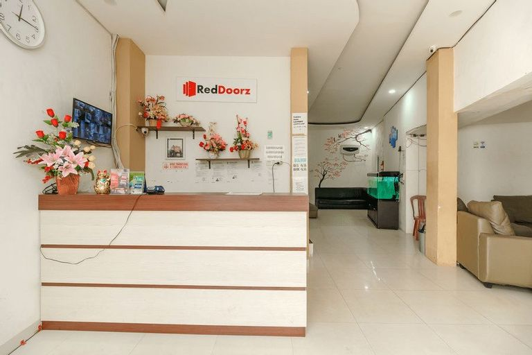 RedDoorz near Palembang Trade Center, Palembang