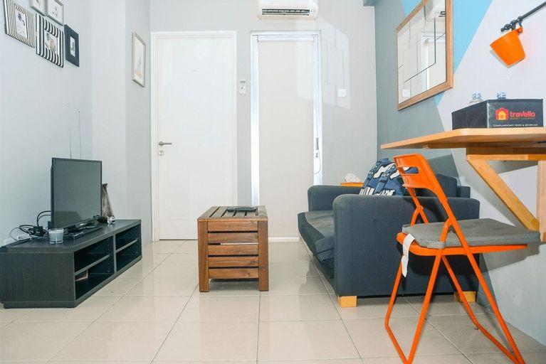 Minimalist Style 2BR Pakubuwono Terrace Apartment By Travelio, Jakarta Selatan