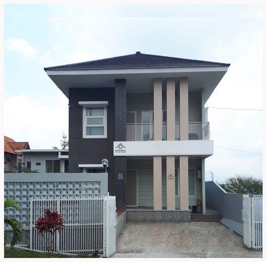 Gandaria Villa Batu, Malang