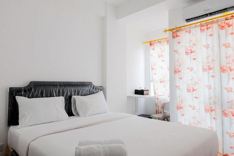 Comfortable and Fully Furnished Studio at Poris 88 Apartment By Travelio, Tangerang