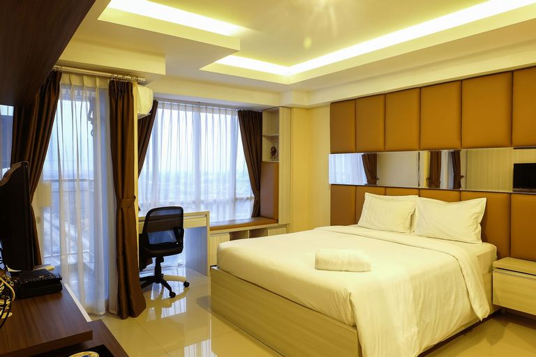 Modern Furnished Studio Apartment Near MT Haryono And Cawang By Travelio, East Jakarta