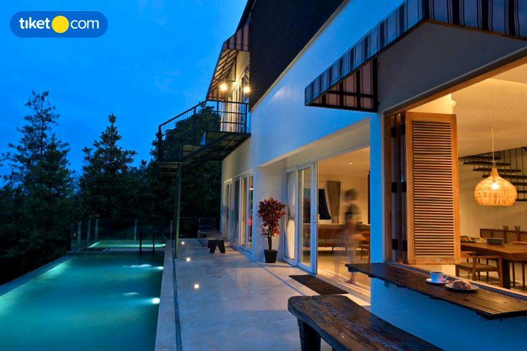 Casa D'LANGIT, Bandung