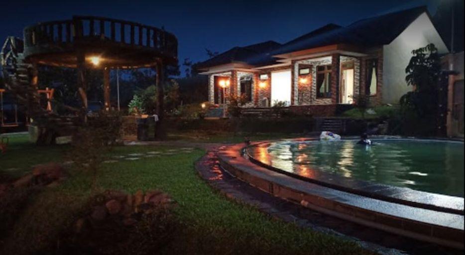 Glad Villa, Bogor