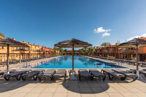 Luxury Apartment, Marina, Beach & Pool, Portimão
