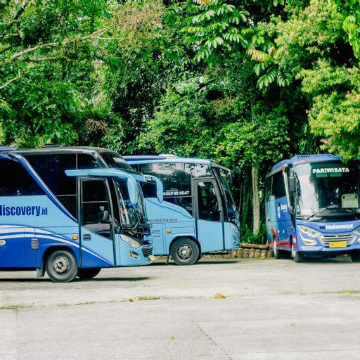 KEBUNSU BOGOR - VILLA ONE + ONE PLUS 17 bedrooms, Bogor
