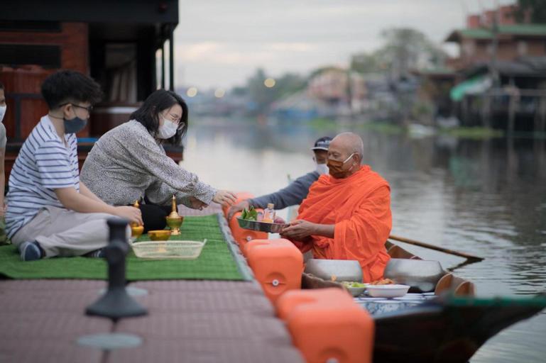 W1@Bangkoknoi, Bang Yai