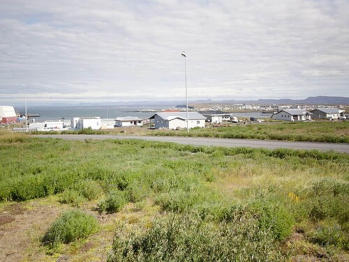 Kef Guesthouse by Keflavík airport, Reykjanesbær