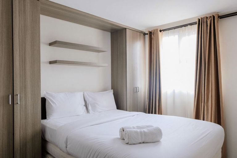 Comfy and Tranquil Studio Room Bintaro Icon Apartment By Travelio, Tangerang Selatan