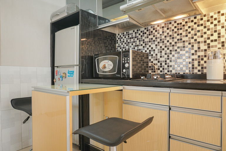 Beautiful and Comfy 2BR Menteng Square Apartment By Travelio, Central Jakarta