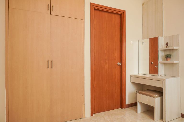 Super Cozy 3BR Grand Palace Kemayoran Apartment By Travelio, Central Jakarta
