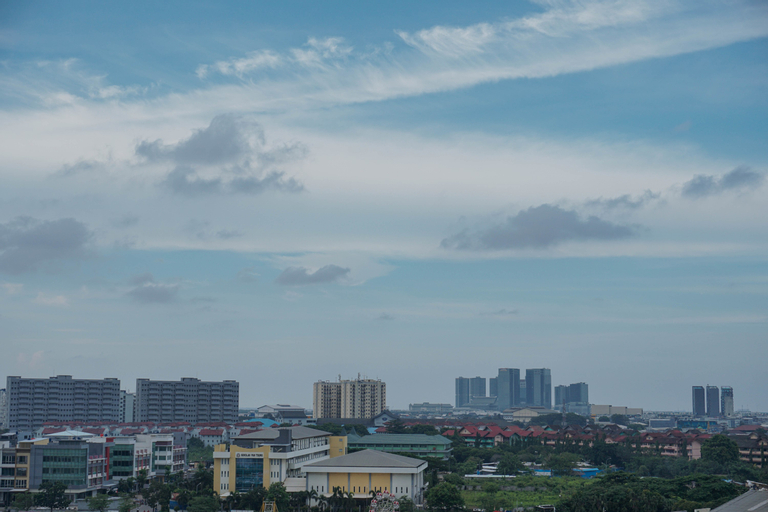 Homey Studio at Sentraland Cengkareng Apartment near Airport By Travelio, Jakarta Barat