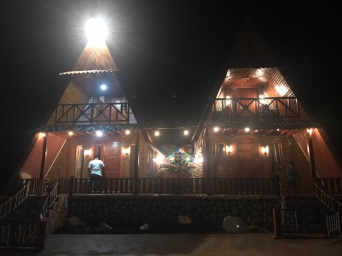 Villa Kembar Kacinambun Highland, Karo