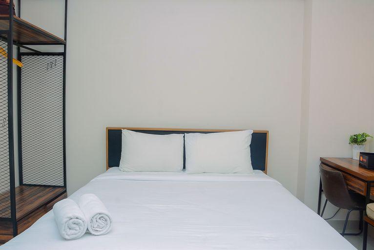 Comfy and Minimalist Studio Kebayoran Icon Apartment By Travelio, Jakarta Selatan