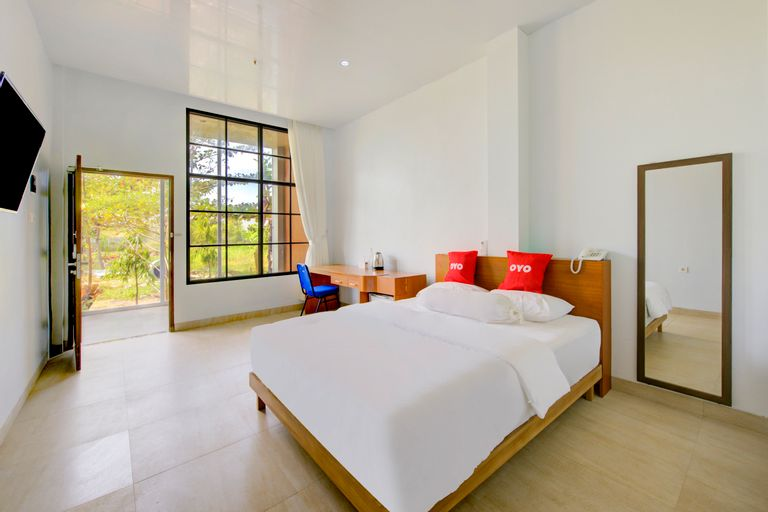 Capital O 3840 Java Hotel & Resto, Cilacap