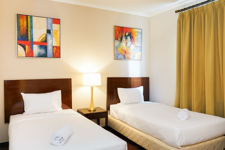 1BR Twin Bed Ancol Marina Apartment By Travelio, North Jakarta