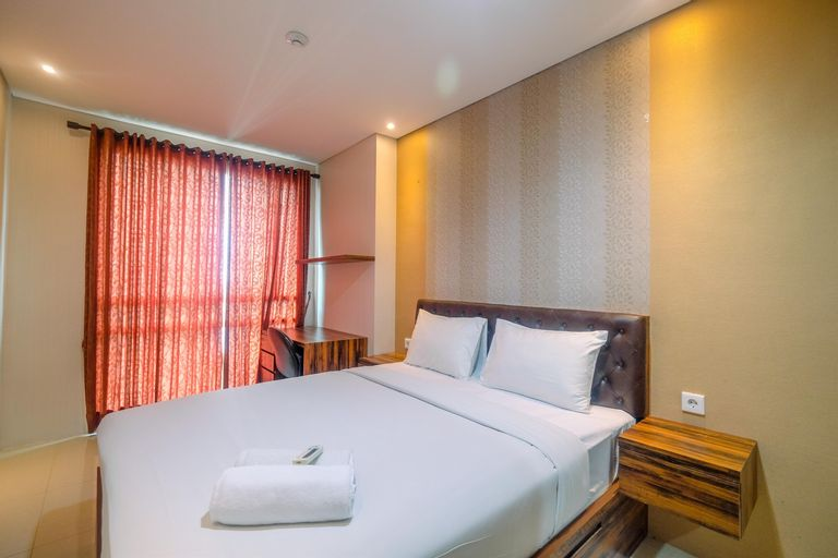 Fully Furnished Apartment with Comfortable Design 1BR Woodland Park Residence By Travelio, South Jakarta